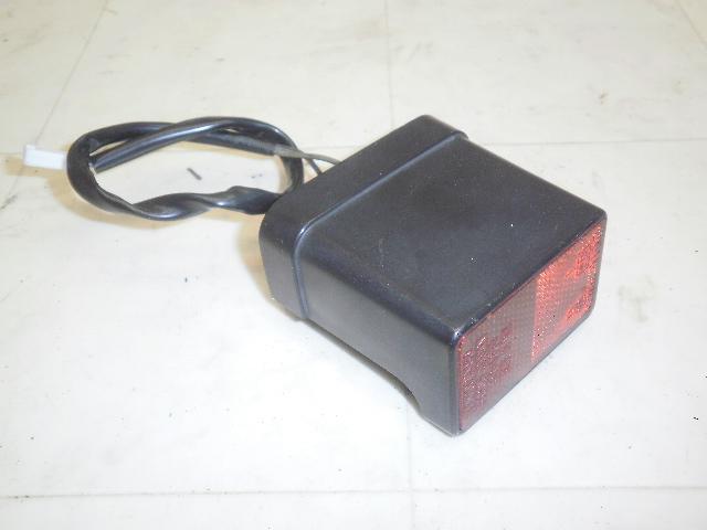 アベニス150(99') ナンバー灯 CG43A-1006