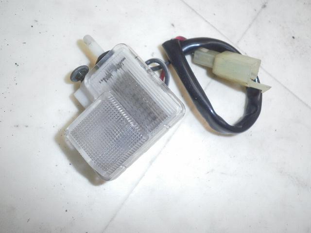 アベニス150(99') メットインランプ CG43A-1006