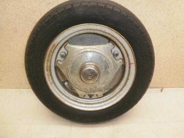 シグナス180(82') リアホイール・タイヤ 25G-0064