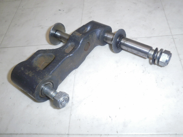 シグナス180(82') フロントサスペンションリンク 25G-0064