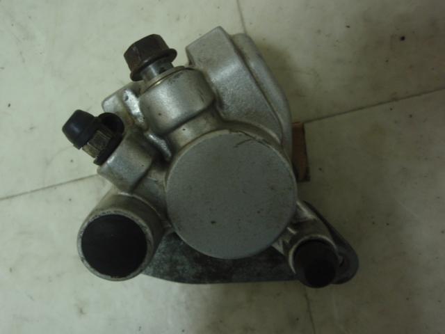 Gダッシュ50 フロントブレーキキャリパー AF23-1036