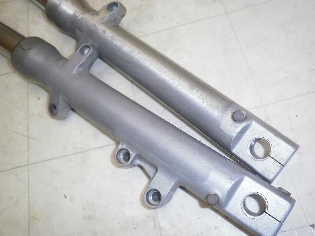 バリオス250 フロントフォーク左右 ZR250A-0220