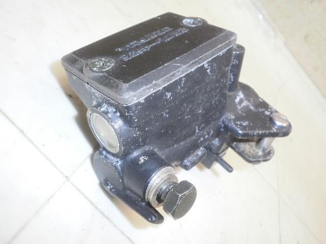エリミネーター750 クラッチマスターシリンダー ZL750A-0005