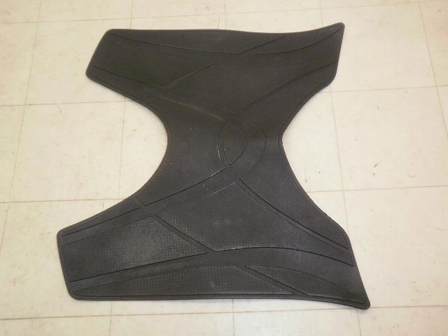 シグナスX125SR ステップマット 5TY-2009