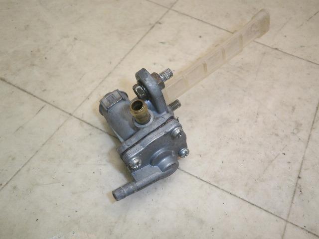 サベージ400(87') ガソリンコック NK41B-1000