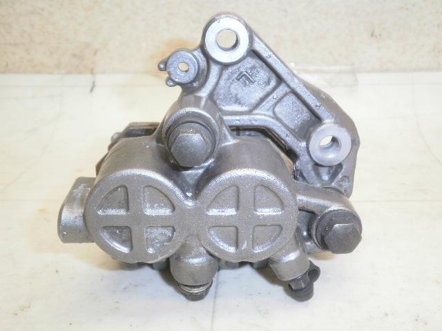 GB400TT フロントブレーキキャリパー NC20-1183