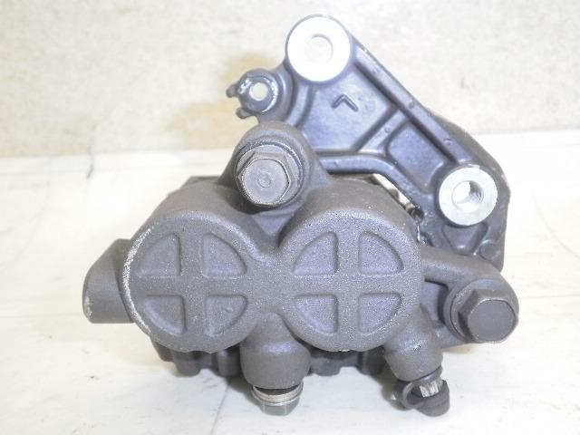 GB400TT フロントブレーキキャリパー NC20-1174