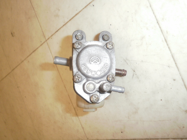 グランドアクシス100 ガソリンコック SB01J-1347