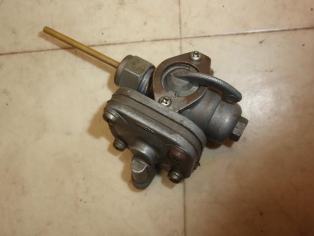 バーディ50(6V) ガソリンコック F50-1644