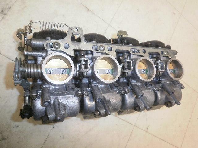 バリオス250 キャブレター ZR250A  バリオス250 キャブレター ZR250A 126