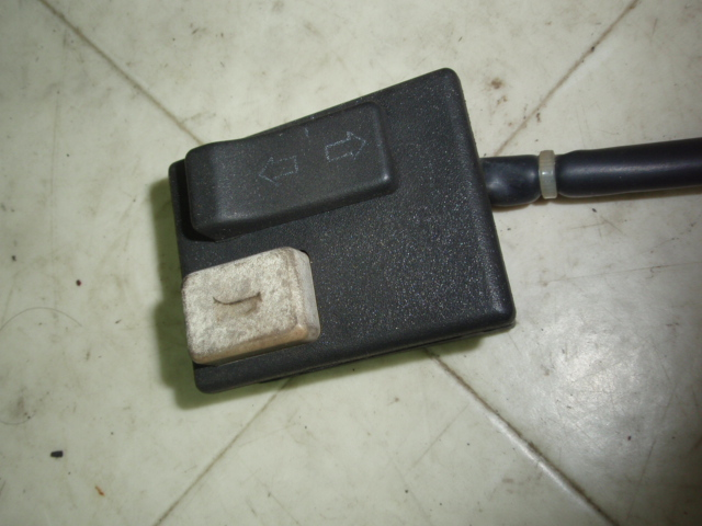 ベスパ50 ハンドルスイッチ左 V5P2T-0003