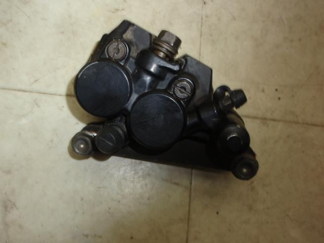NS-1 フロントブレーキキャリパー AC12-1009