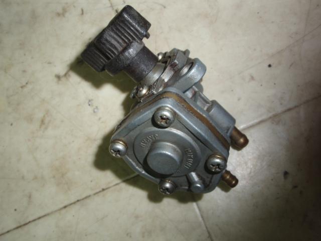 ポエットLE50 ガソリンコック 4NO-0228