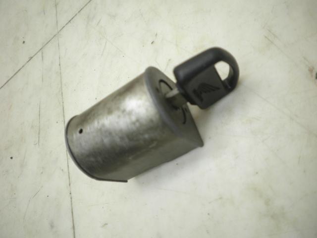 リトルカブ50(12V) ハンドルロック AA01-3018