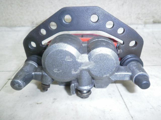 バリオス�T フロントブレーキキャリパー ZR250A-04