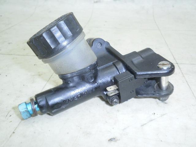 FZR1000 クラッチマスターシリンダー 3GM-01