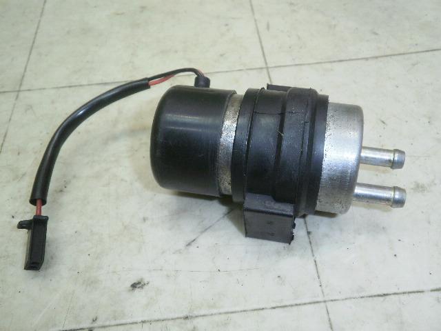 ザンザス400 ガソリンポンプ ZR400D-0004