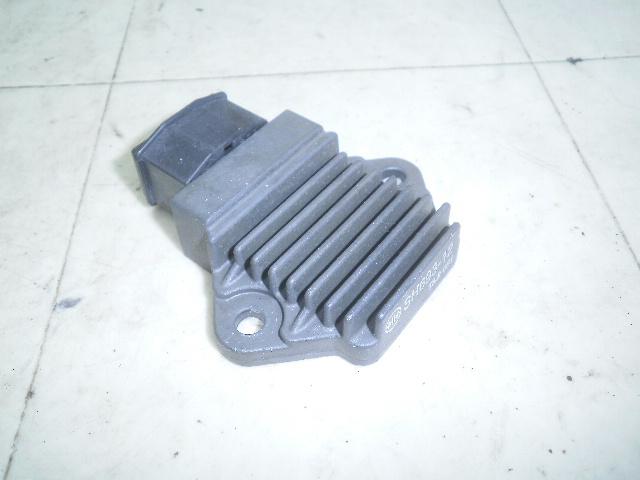 シャドウ400 レギュレター NC34-1000