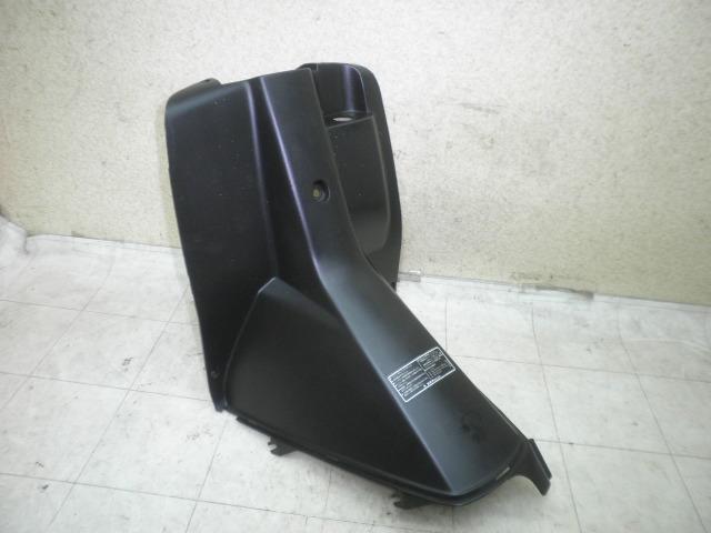 アドレスV50 インナーカバー CA1FA-1121