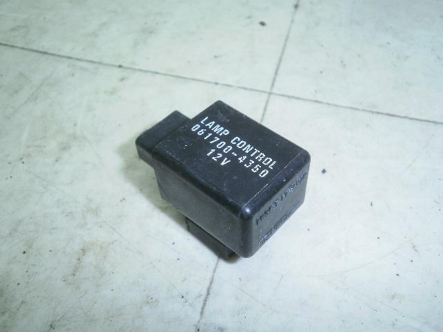 グラストラッカー250 ランプコントロールリレー NJ47A-13