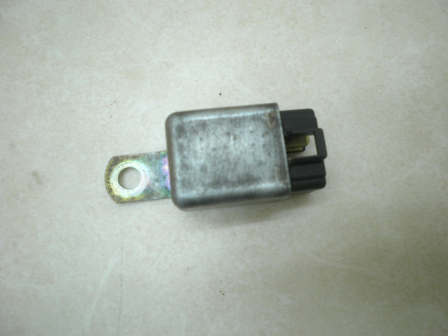 カーナ50 コントロールリレー CA18A-1110