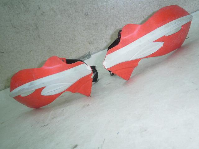 CRF450R ナックルガード左右 PE05-1700