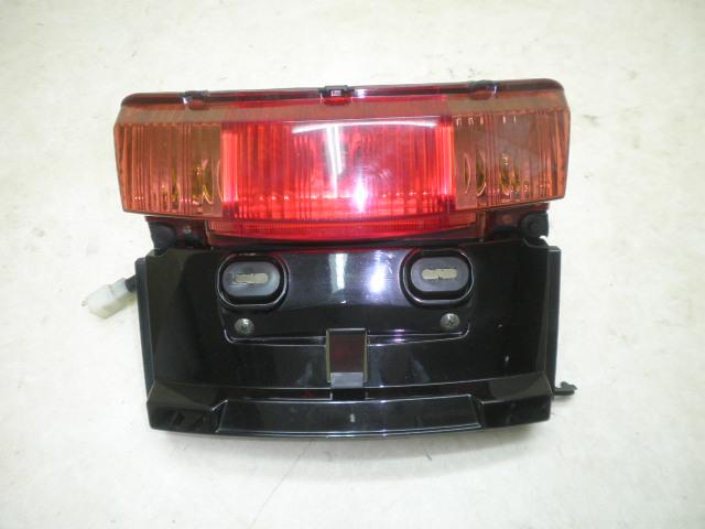 VOX50   テールランプ/リアウインカー左右 SA31J-1033