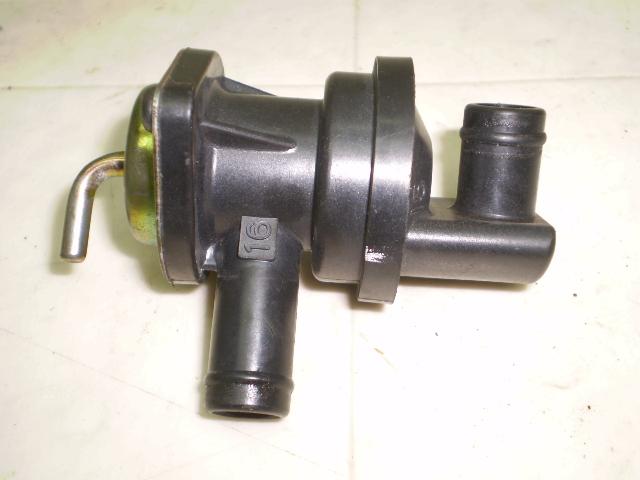 CB400SF-V ブローバイガスアクチュエーター NC39-1031