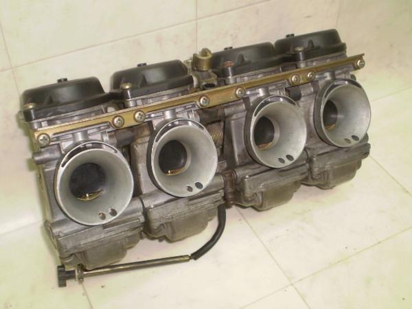 GSX250Sカタナ キャブレター GJ76A-1094