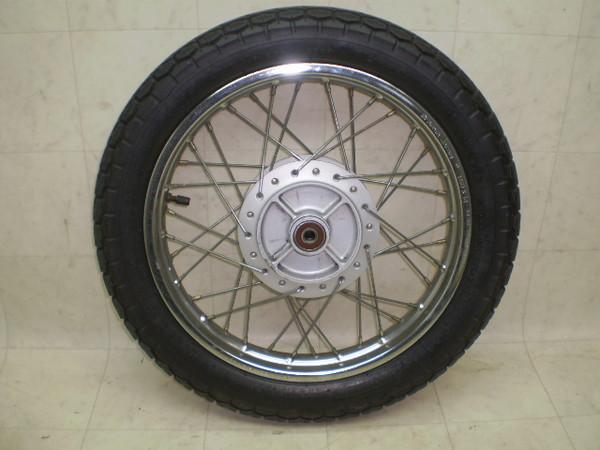 リトルカブ50(12V) リアホイール・タイヤ AA01-3043