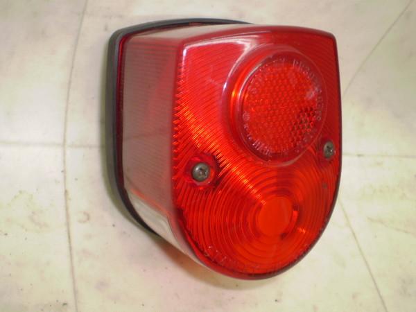 リトルカブ50(12V) テールランプ AA01-3043