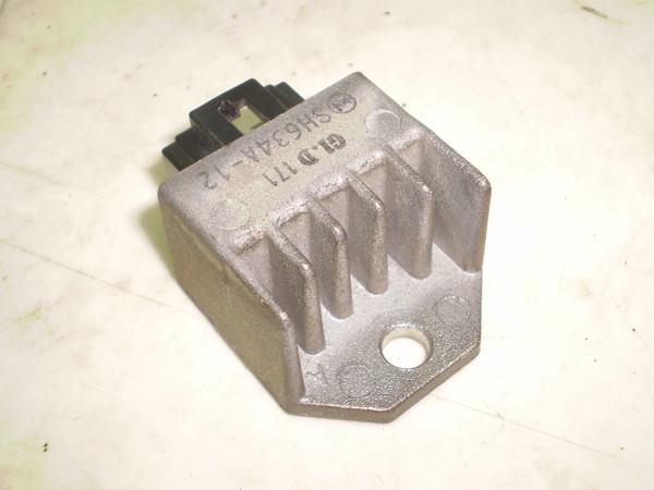 リトルカブ50(12V) レギュレター AA01-3043