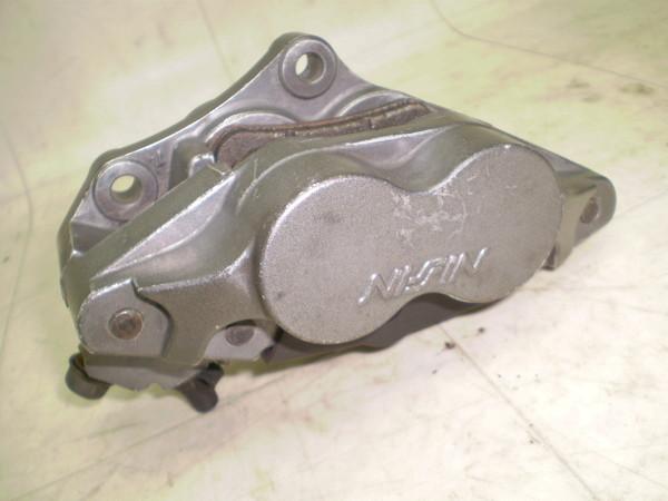 ブロス400/BROSS フロントブレーキキャリパー NC25-1100