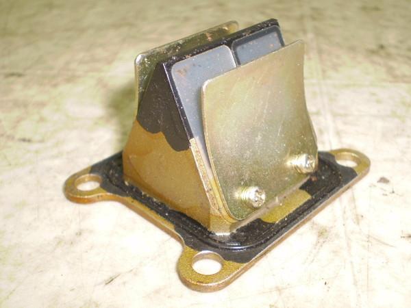 KX65 インテークリードバルブ KX065A-0624