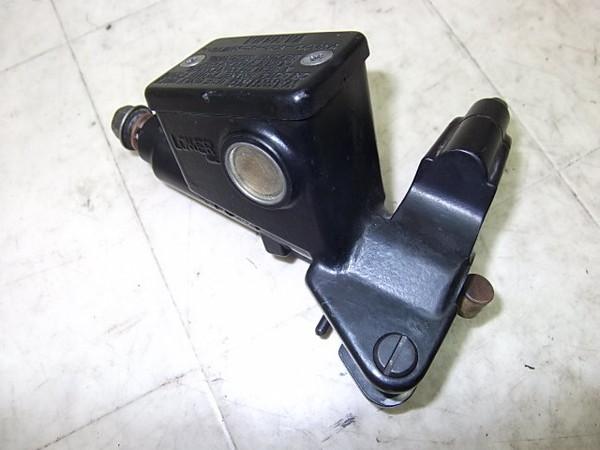 FZR1000(93') クラッチマスターシリンダー 3GM-0280