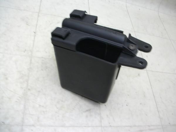 スカラベオ50/SCARABEO バッテリーBOX ZD4TH00003-