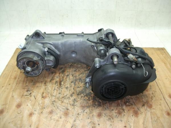 スカラベオ50/SCARABEO エンジン ZD4TH00003-