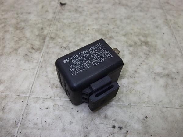 GPX750R ウインカーリレー ZX750F-0010