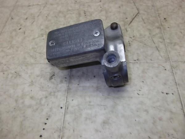 イントルーダー400/Intruder フロントマスターシリンダー VK51A-1003