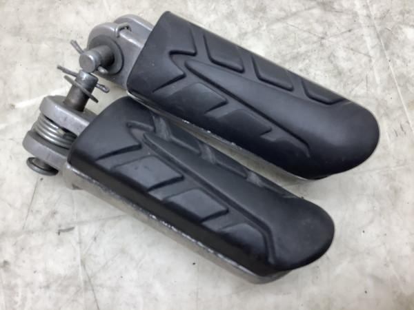 CBR250R/  フロントステップ左右/メインステップ左右 MC41-1004
