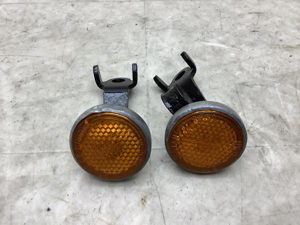 CB50  フロントレフレクター/反射板 CB50J-1090
