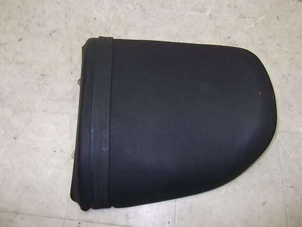 バンディット250/Bandit  タンデムシート/リアシート GJ74A-1107