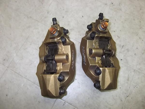 VTR1000F/  フロントブレーキキャリパー左右 SC36-1001