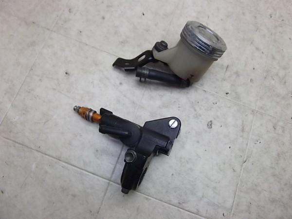 VTR1000F/  フロントマスターシリンダー/フロントブレーキマスター SC36-1001