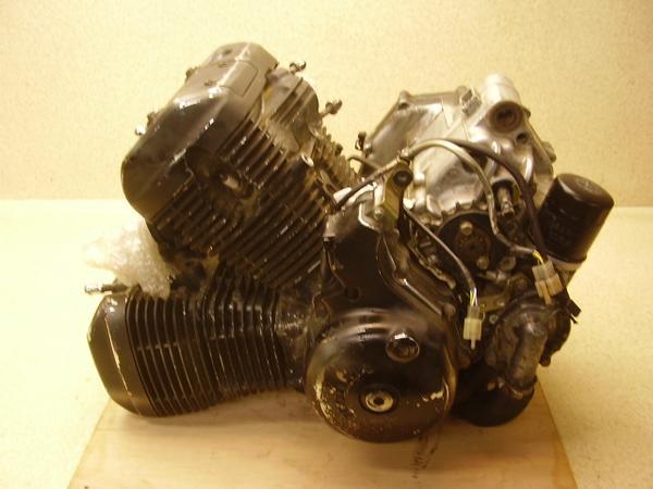 スティード゙400 エンジン NC26-1440