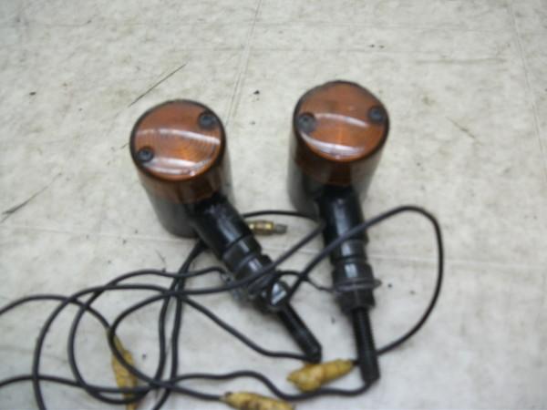 NSR50/FTR/グラストラッカー 社外汎用丸形黒ボディ/オレンジレンズフロントウインカー左右 0