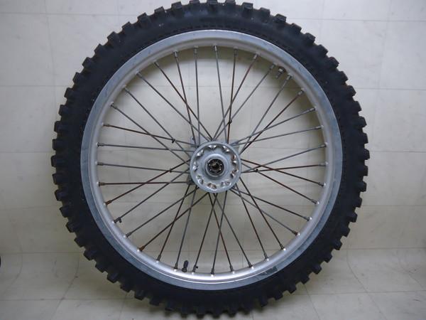TS200R フロントホイール・タイヤ/J21x1.60/アルミスポークホイール SH12A-1082