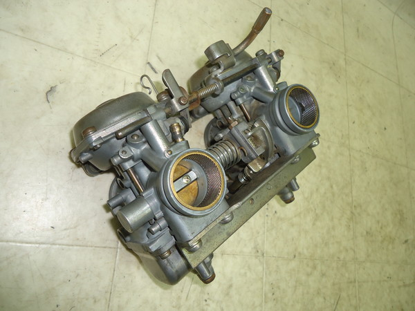 GSX250 純正キャブレター洗浄済/ミクニCVキャブ GJ51B-2148