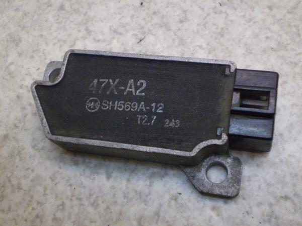 セロー225(12V) レギュレター 1KH-0856