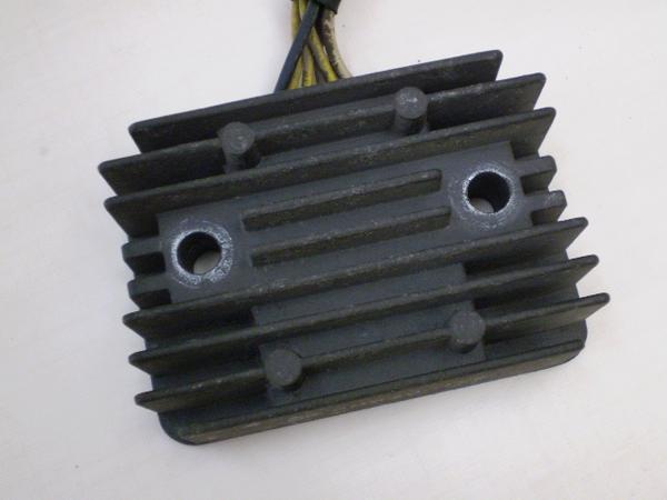 ZZR250   レギュレター/レギュレーター EX250H-0359
